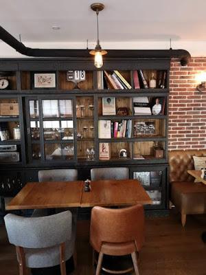 Restaurant-Ballon-voyageur-Confinement-Livraison-à-domicile-Paris-a-l-ouest