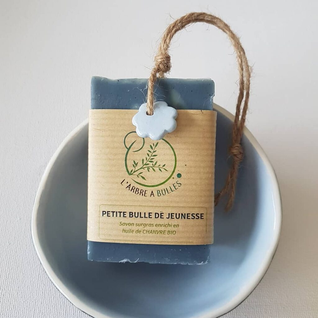 Larbre-a-bulles-savon-naturel