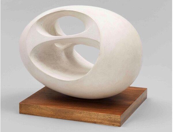 Elles font l'abstraction.Barbara Hepworth
