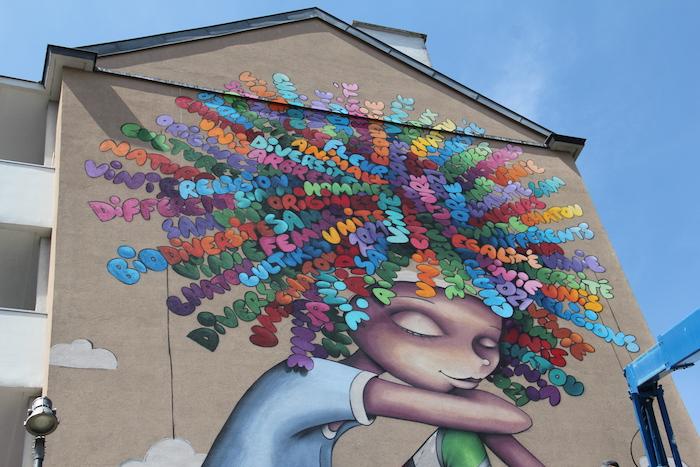 Street Art à Chatou. Vinie Graffiti.